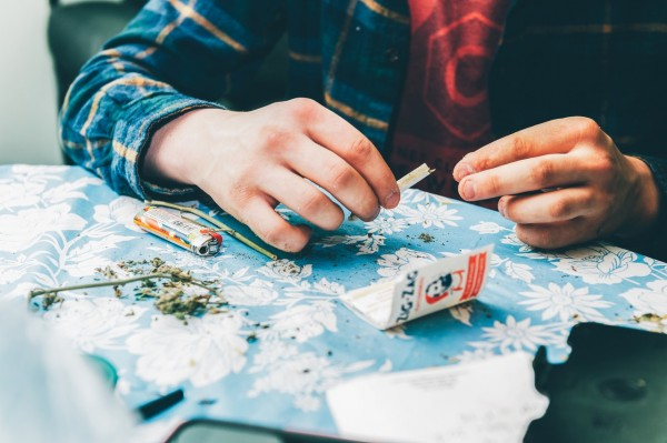 Art of rolling cannabis
